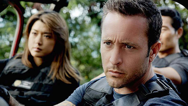 Foto Alex O'Loughlin, Grace Park