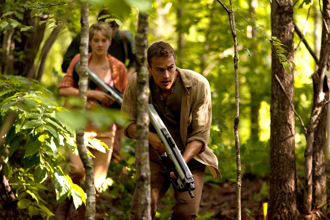 A Série Divergente: Insurgente: Shailene Woodley, Theo James