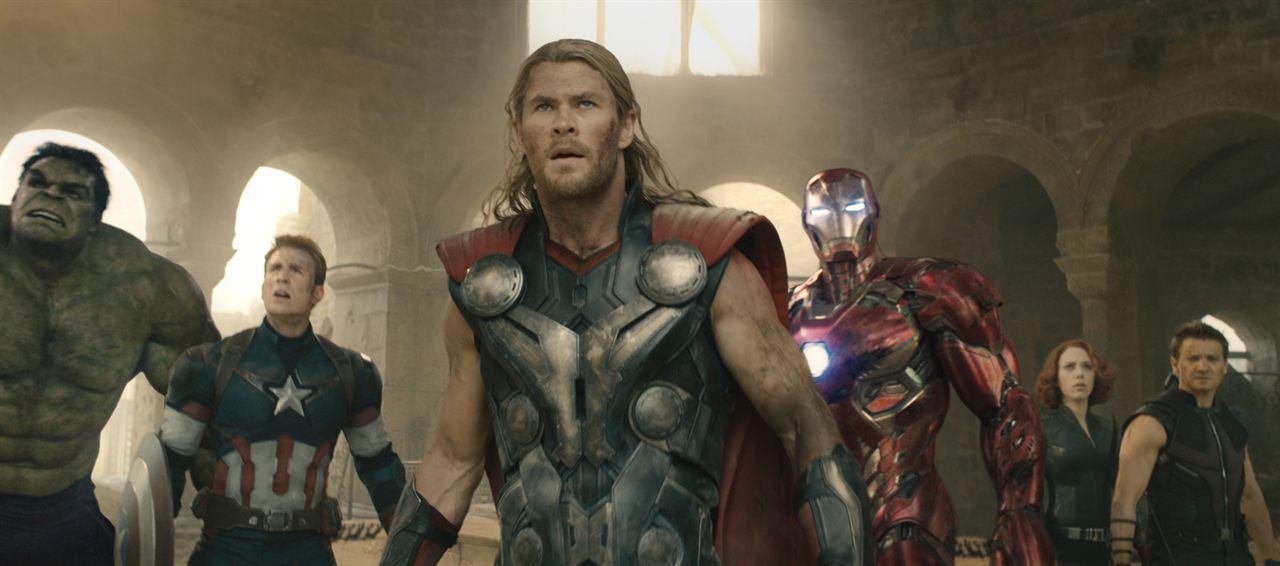 Vingadores: Era de Ultron : Foto Chris Evans, Chris Hemsworth, Jeremy Renner, Scarlett Johansson