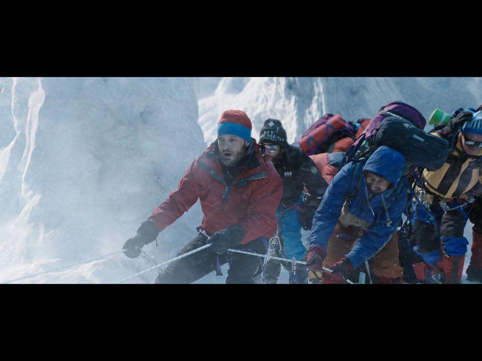 Evereste : Foto Jason Clarke, Josh Brolin