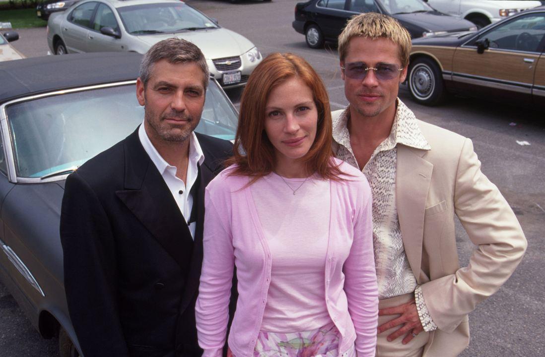 Onze Homens e um Segredo : Foto Brad Pitt, George Clooney, Julia Roberts