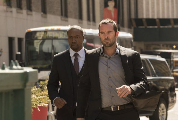 Foto Rob Brown, Sullivan Stapleton