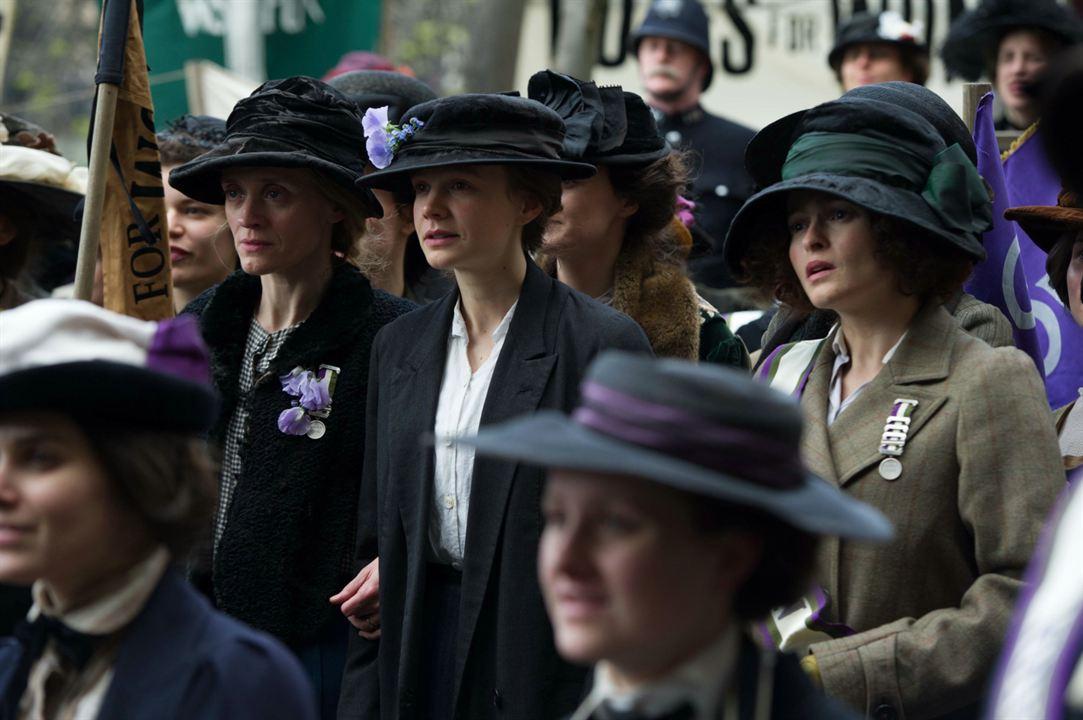 As Sufragistas: Carey Mulligan, Helena Bonham Carter, Anne-Marie Duff