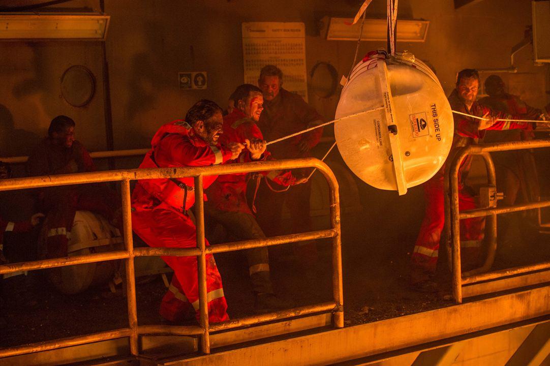 Horizonte Profundo - Desastre no Golfo : Foto Kurt Russell, Mark Wahlberg