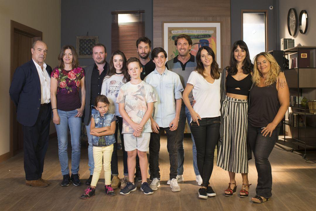 Foto Antonio Garrido, Antonio Resines, Bárbara Goenaga, Fernando Cayo