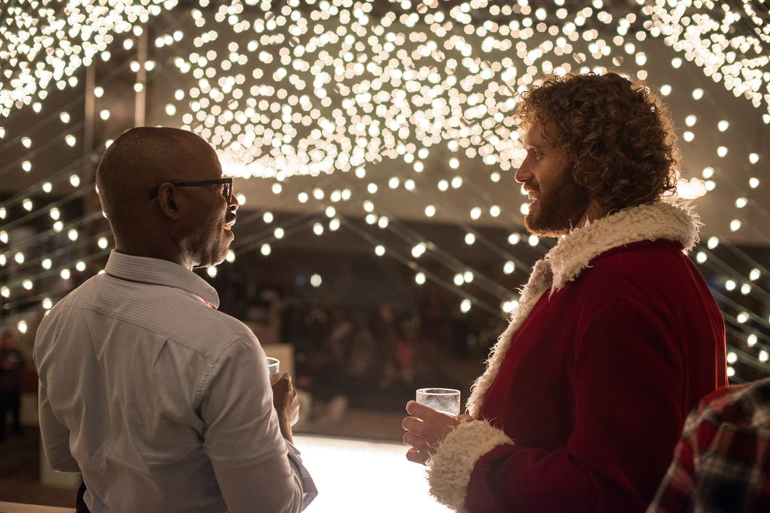 A Última Ressaca Do Ano : Foto Courtney B. Vance, T.J. Miller
