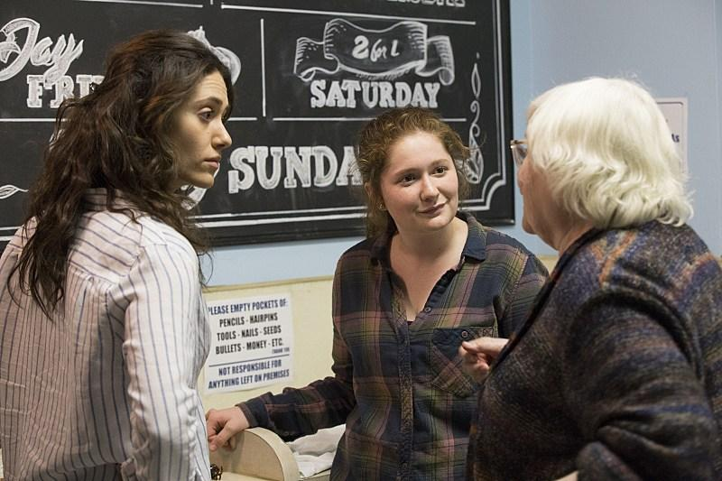 Foto Emma Kenney, Emmy Rossum, June Squibb