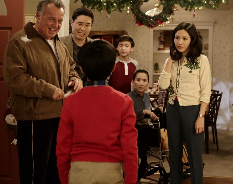 Foto Constance Wu, Forrest Wheeler, Lucille Soong, Randall Park, Ray Wise