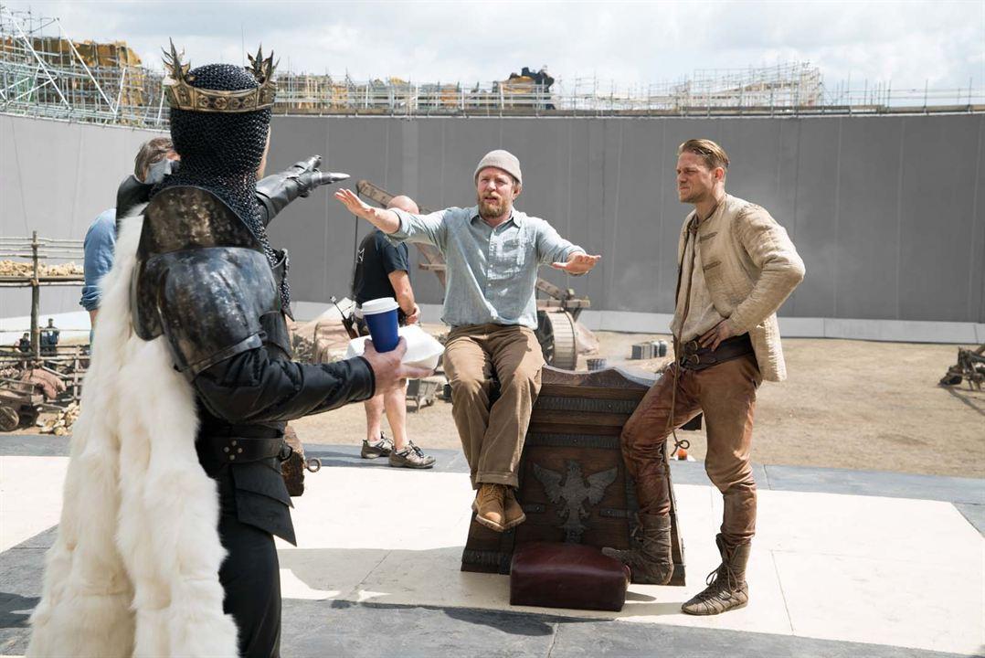 Rei Arthur - A Lenda da Espada : Foto Charlie Hunnam, Guy Ritchie