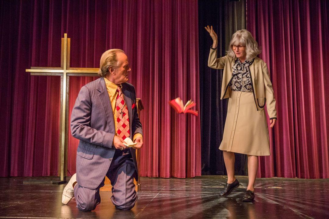 A Mulher Mais Odiada dos Estados Unidos : Foto Melissa Leo, Peter Fonda