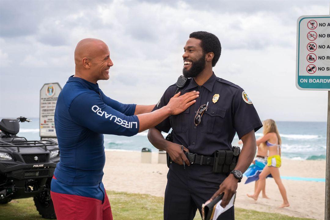 Baywatch : Foto Dwayne Johnson, Yahya Abdul-Mateen II