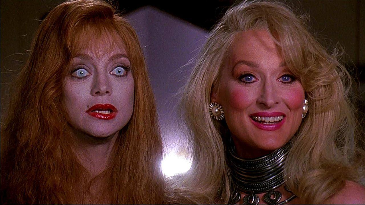 A Morte lhe Cai Bem: Goldie Hawn, Meryl Streep