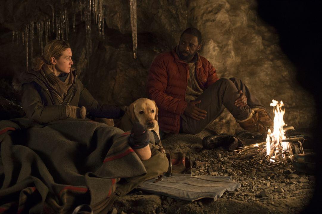 Depois Daquela Montanha : Foto Idris Elba, Kate Winslet