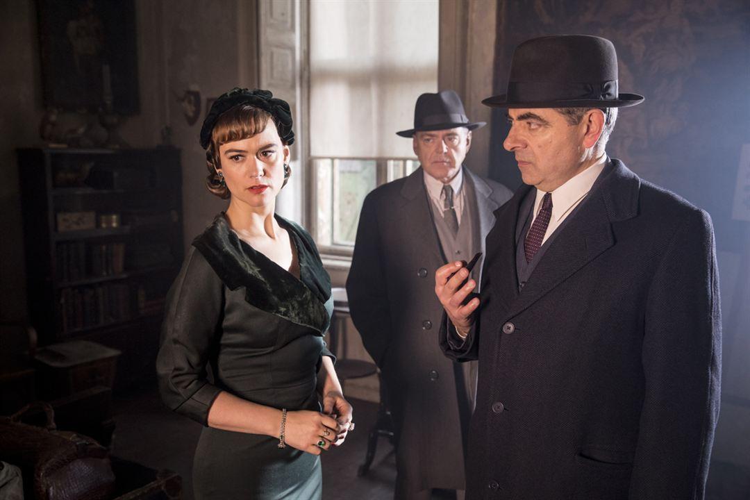 Foto Kevin McNally, Mia Jexen, Rowan Atkinson