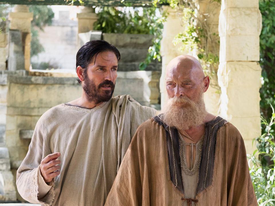 Paulo, Apóstolo de Cristo : Foto James Faulkner, Jim Caviezel