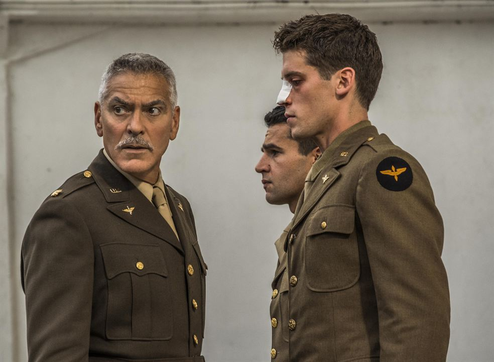 Foto Christopher Abbott, George Clooney, Pico Alexander