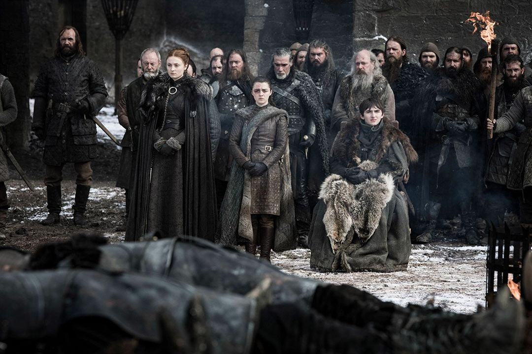 Foto Isaac Hempstead Wright, Liam Cunningham, Maisie Williams, Rory McCann, Sophie Turner