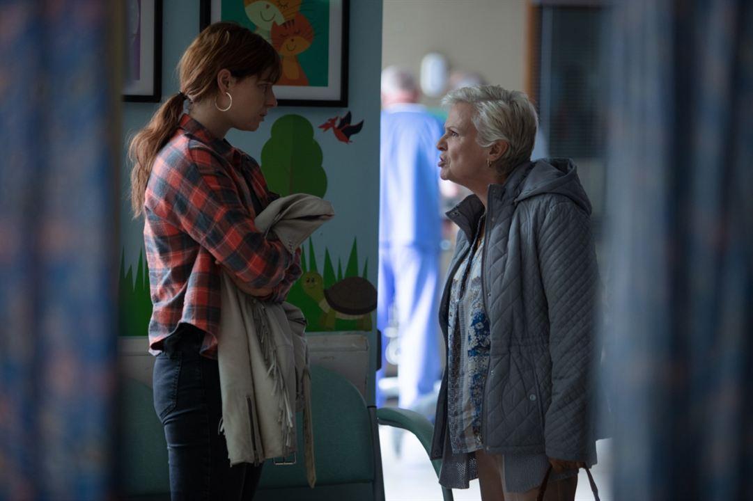 As Loucuras de Rose : Foto Jessie Buckley, Julie Walters