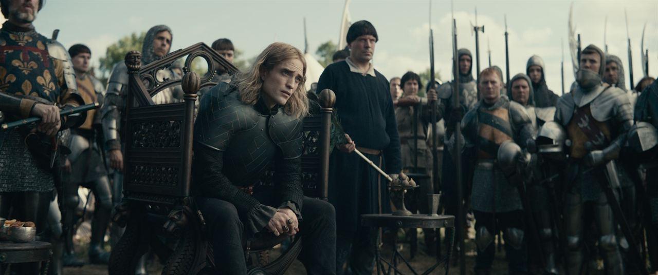 O Rei : Foto Robert Pattinson