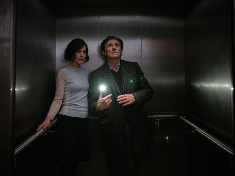 Foto Elizabeth McGovern, Gabriel Byrne