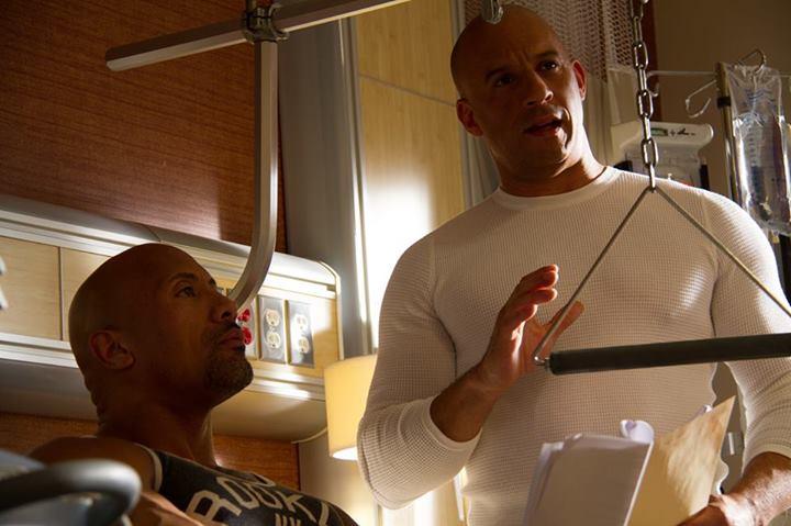 Velozes & Furiosos 7 : Foto Dwayne Johnson, Vin Diesel