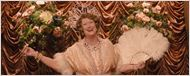 """Meryl Streep interpreta a """"pior cantora do mundo"""" no novo trailer da cinebiografia Florence: Quem É Essa Mulher?"""
