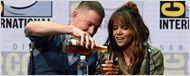 Comic-Con 2017: Halle Berry encara desafio de bebida durante painel de Kingsman - O Círculo Dourado