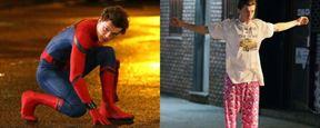 Homem-Aranha é visto de pijama e descendo as escadas pelas ruas de Nova York