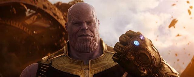 c6fee12b05d Vingadores  Guerra Infinita quase recriou cena clássica de Thanos nos  quadrinhos