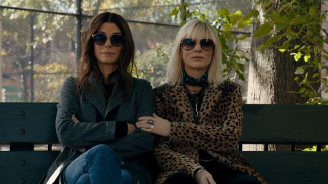 Oito Mulheres e Um Segredo Trailer Legendado