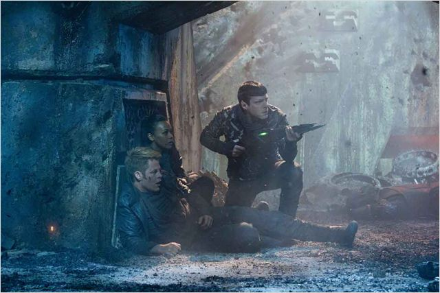 Além da Escuridão - Star Trek : Foto Chris Pine, Zachary Quinto, Zoe Saldana