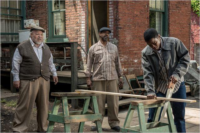 Um Limite Entre Nós : Foto Denzel Washington, Jovan Adepo, Stephen Henderson