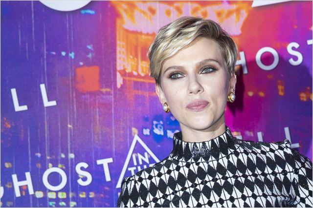 A Vigilante do Amanhã: Ghost in the Shell : Vignette (magazine) Scarlett Johansson