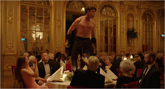 The Square : Foto Terry Notary