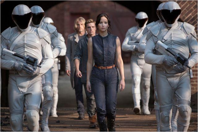 Jogos Vorazes - Em Chamas : Foto Jennifer Lawrence, Josh Hutcherson, Woody Harrelson