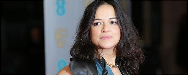 Michelle Rodriguez vai protagonizar thriller de ação com mudança de sexo ao lado de Sigourney Weaver
