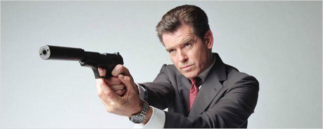 """Pierce Brosnan não perdoa 007 Contra Spectre: """"muito longo"""" e """"meio fraco"""""""