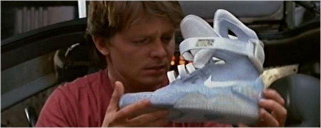 Finalmente! Tênis com cadarços automáticos do filme De Volta Para o Futuro virou realidade