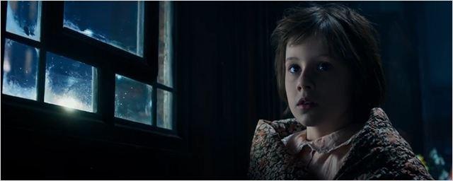 Fofa garotinha é sequestrada no primeiro trailer de O Bom Gigante Amigo