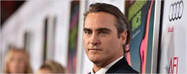 Adaptação do livro Os Irmãos Sister pode contar com Joaquin Phoenix no elenco
