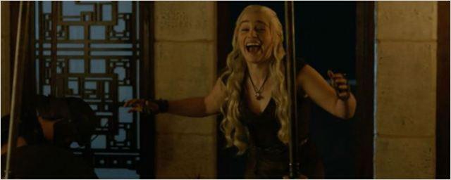 Comic-Con 2016: HBO divulga vídeo com erros de gravação de Game of Thrones