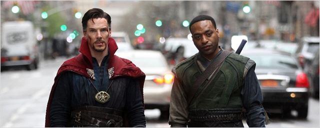 Doutor Estranho: Diretor explica relação do personagem de Benedict Cumberbatch com o Baron Mordo