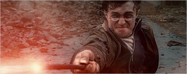 J.K. Rowling dá o troco em vendedor de varinhas que baniu fãs de Harry Potter