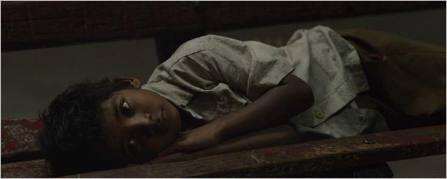 Cotado para o Oscar, Lion ganha trailer recheado de dor, suor e lágrimas