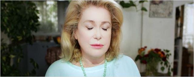 O saudosismo por um amor que se foi marca o primeiro trailer de O Ignorante, com Catherine Deneuve (exclusivo)