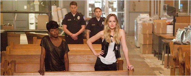 Versão feminina de Anjos da Lei encontra diretor