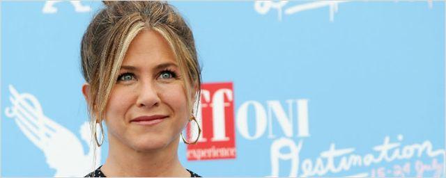 Jennifer Aniston diz que redes sociais estão impedindo a reunião de Friends