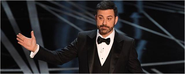 Oscar 2017: Jimmy Kimmel começa morno e engrena durante a premiação