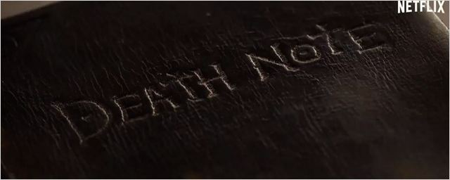 Nat Wolff encontra caderno poderoso no primeiro teaser de Death Note