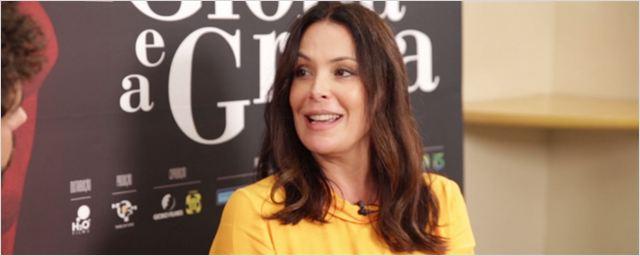 """A Glória e a Graça: Carolina Ferraz fala sobre hipocrisia – """"Você acha que alguém vai dar o papel da mocinha da novela para uma 'trans'?"""" (Entrevista Exclusiva)"""